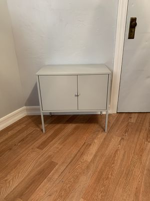 TV Stand/Small Shelf for Sale in Oakland, CA