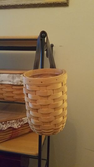2002 Longaberger small Gardenhouse Basket for Sale in Lansdale, PA