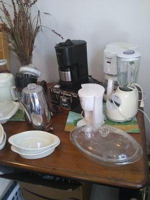 Random kitchen small appliances for Sale in Gaithersburg, MD
