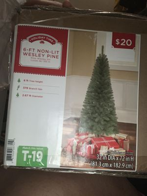 Christmas tree and decor for Sale in Jacksonville, FL