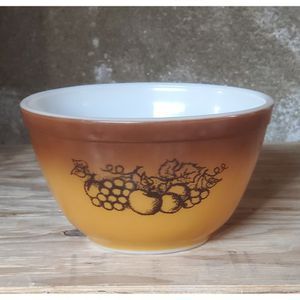 Vintage Pyrex Old Orchard Bowl #401 for Sale in San Diego, CA