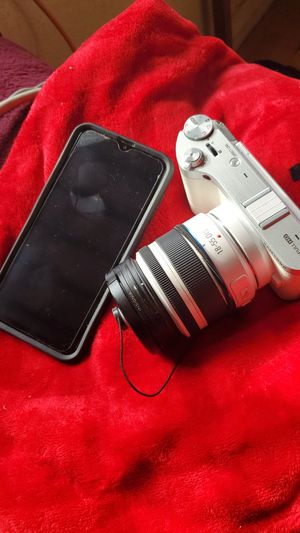 Samsung camera phone combo 👌 for Sale in Los Angeles, CA
