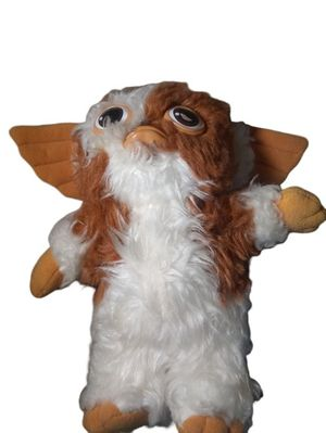 "Hasbro Gremlins Gizmo Plush Stuffed Animal 1984 Doll 10"" Inch Vintage Doll for Sale in Lambsburg, VA"
