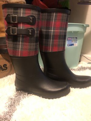 UGG rain boots size 9 for Sale in Winston-Salem, NC
