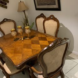 Wood Dinner Table With Chairs for Sale in Jamul,  CA