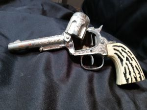 Vintage die cast Cap Gun for Sale in Los Angeles, CA