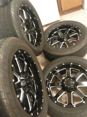 Rims 20 univ. Black/crome in good shape. for Sale in Murfreesboro, TN