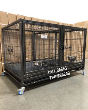 Dog pet cage kennel size 43 with divider tray and feeding bowls new in box 📦 for Sale in Chino, CA