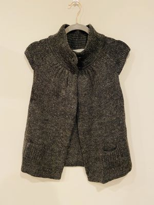 Max Mara grey sweater vest top for Sale in Silver Spring, MD