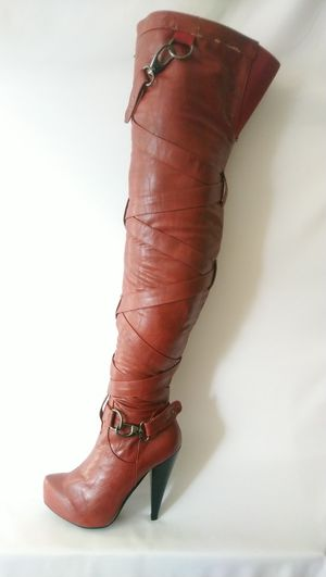 Valence Red Women's Thigh High Winter Boots Size 9 for Sale in Silver Spring, MD