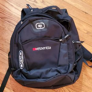 Ogio Laptop Multi Pocket Backpack EUC for Sale in Westchester, IL