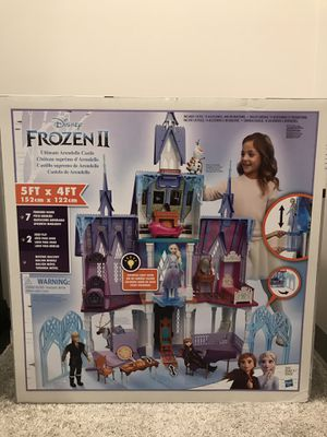 Brand new Frozen II Ultimate Arendelle Castle for Sale in Columbia, MO