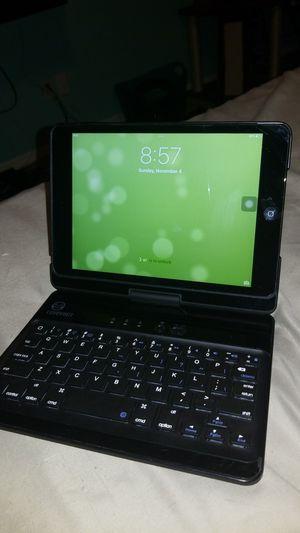 iPad mini w/ folding laptop keyboard case for Sale in Eustis, FL