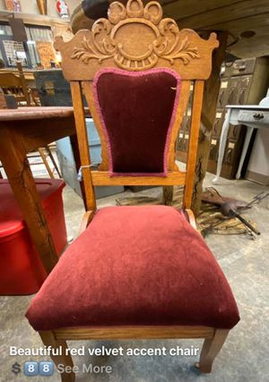 Vintage velvet chair for Sale in Belton, MO
