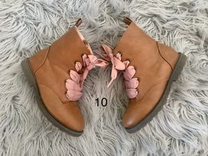 Girls size 10 boots for Sale in Taylors, SC