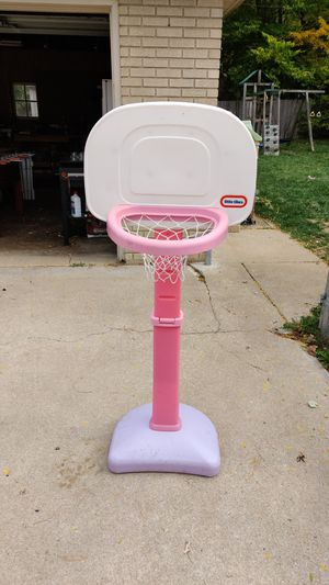 Basketball hoop for Sale in Elgin, IL