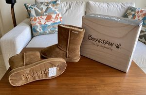 Bearpaw Girls Boots Size 4 NEW for Sale in Orlando, FL