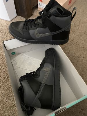 SB Dunk High Pro Sz 11.5 Men for Sale in Los Angeles, CA