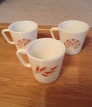 Set of 3 Pyrex Milk glass Mugs for Sale in Strongsville, OH