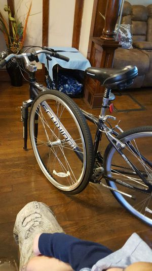 Schwinn bike great condition for Sale in Cleveland, OH