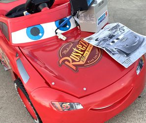 ORIGINAL FISHER PRICE LIGHTNING MCQUEEN CAR 12volt Electric Kid Ride On Car Power Wheels SUPER RARE & SUPER HARD TO FIND for Sale in Long Beach,  CA