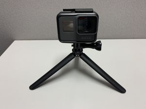 GoPro Hero 5 Black Edition w/ Accessories for Sale in Wake Forest, NC