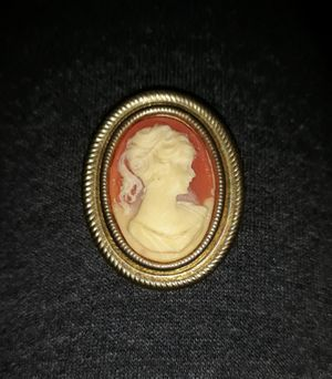 Heirloom/ Antique broach for Sale in Holiday, FL
