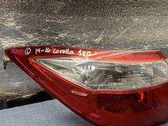 2014 2015 2016 Toyota Corolla taillight tail light for Sale in Rancho Cucamonga,  CA