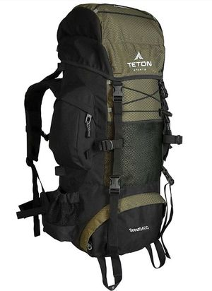 Teton sports backpackers backpack 65 liters for Sale in Queens, NY