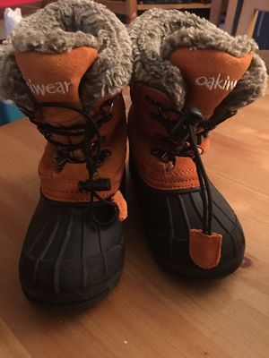 Kid size 10 snow boots for Sale in Vancouver, WA