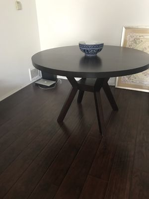 "Living spaces 48"" diameter table. Like new! Barely ever used. Chairs not included. for Sale in Los Angeles, CA"