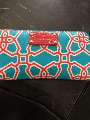Kate Spade clutch/wallet for Sale in Pittsburgh, PA