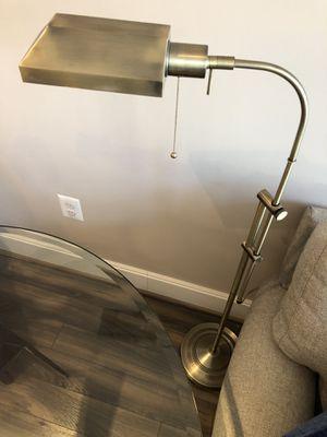 Floor lamp (gold color) -in Reston VA for Sale in Reston, VA