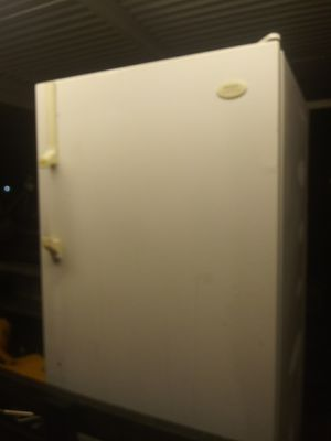 Frigidaire freezer for Sale in Humble, TX