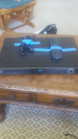 Olevia blue ray player for Sale in West Bend, WI