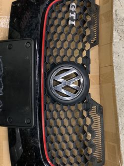 Mk5 Volkswagen Golf GTI Front Grille for Sale in Stamford,  CT