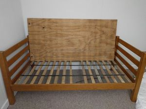 Twin size bed frame for Sale in Albany, NY