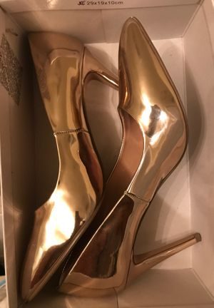 Rose Gold Madden Girl Size 10 for Sale in Lake Worth, FL