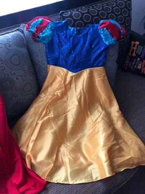 Snow White girls Halloween costume for Sale in San Fernando, CA