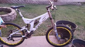 Downhill mountain bike Foes Racing for Sale in Glendora, CA