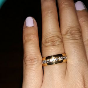 18 K Gold Plated Unisex Wedding Ring, Size 7. for Sale in Dallas, TX