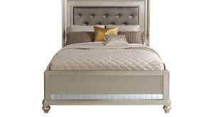 King size - Silver Bed frame for Sale in Detroit, MI