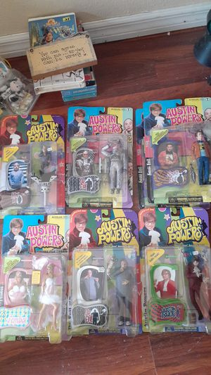 7 NEW IN PACKAGE TALKING AUSTIN POWERS MIKE MYERS MINI ME DR EVIL MR BIGGLESWORTH FEMBOT MC FARLANE TOYS for Sale in Kissimmee, FL