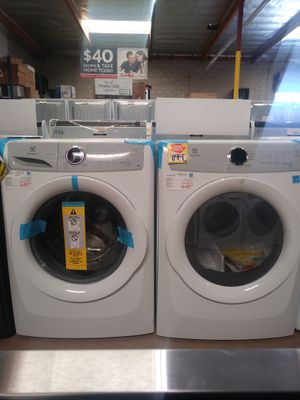 New Electrolux Washer & Electric Dryer for Sale in Chula Vista, CA