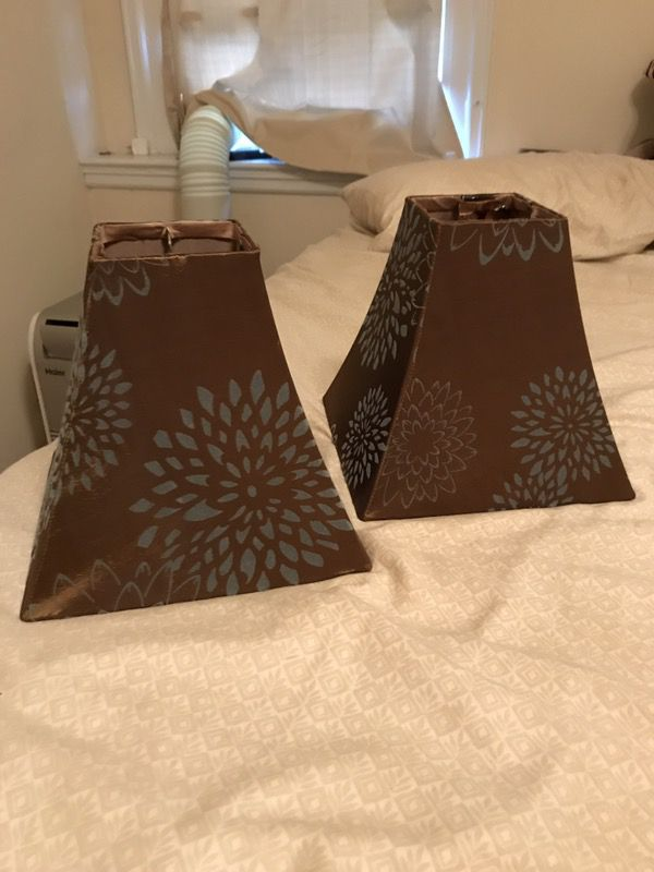 Pair of Lamp Shades Brown Blue
