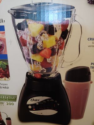 Oster glass jar 10 speeds blender brand new for Sale in Santa Ana, CA