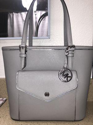 Michael kors hand bag for Sale in Fremont, CA