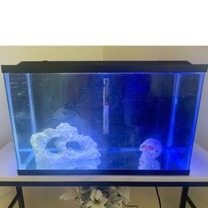 Fish tank for Sale in Akron, OH