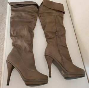 Women's boots size 10 for Sale in Bakersfield, CA