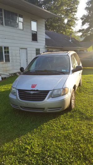 2005 Chrysler Town and Country for Sale in Glenville, WV